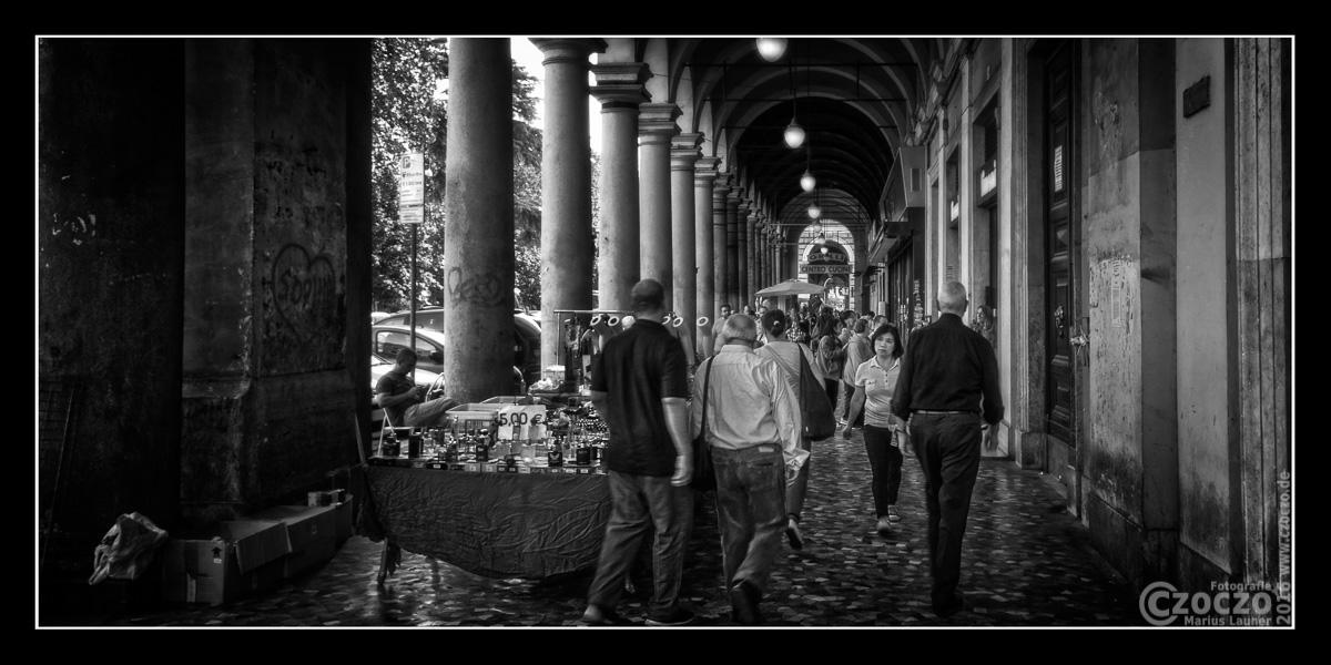 IMG_5474-Einkaufsmeile Piazza Vi